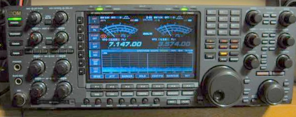 IC-7800の全体部分